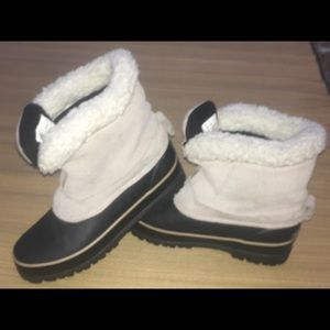 Totes steel shank warm snow boots